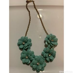 🆕 J. Crew Floral Statement Necklace